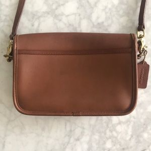 Coach Bags - Coach Vintage Tan Leather Penny Pocket #9755